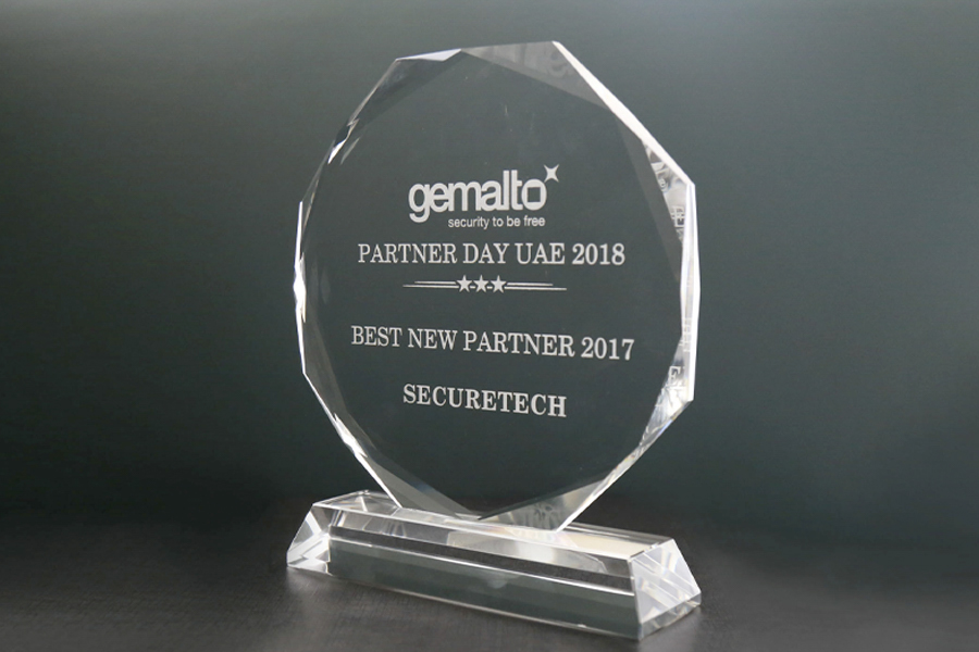 27.-SecureTech-received,-Best-New-Partner-2017-from-Gemalto