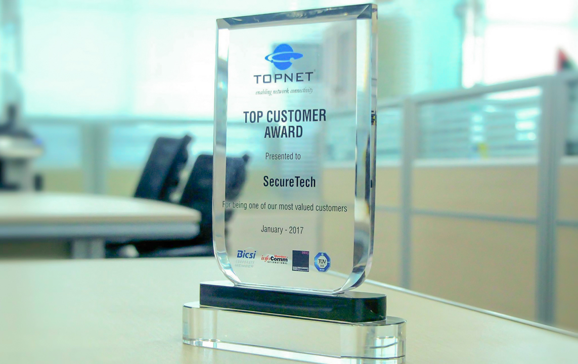 68.SecureTech received TOP CUSTOMER AWARD form TOPNET